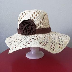 Fair Weather Cream Paper Floppy Hat W/Brown Flower